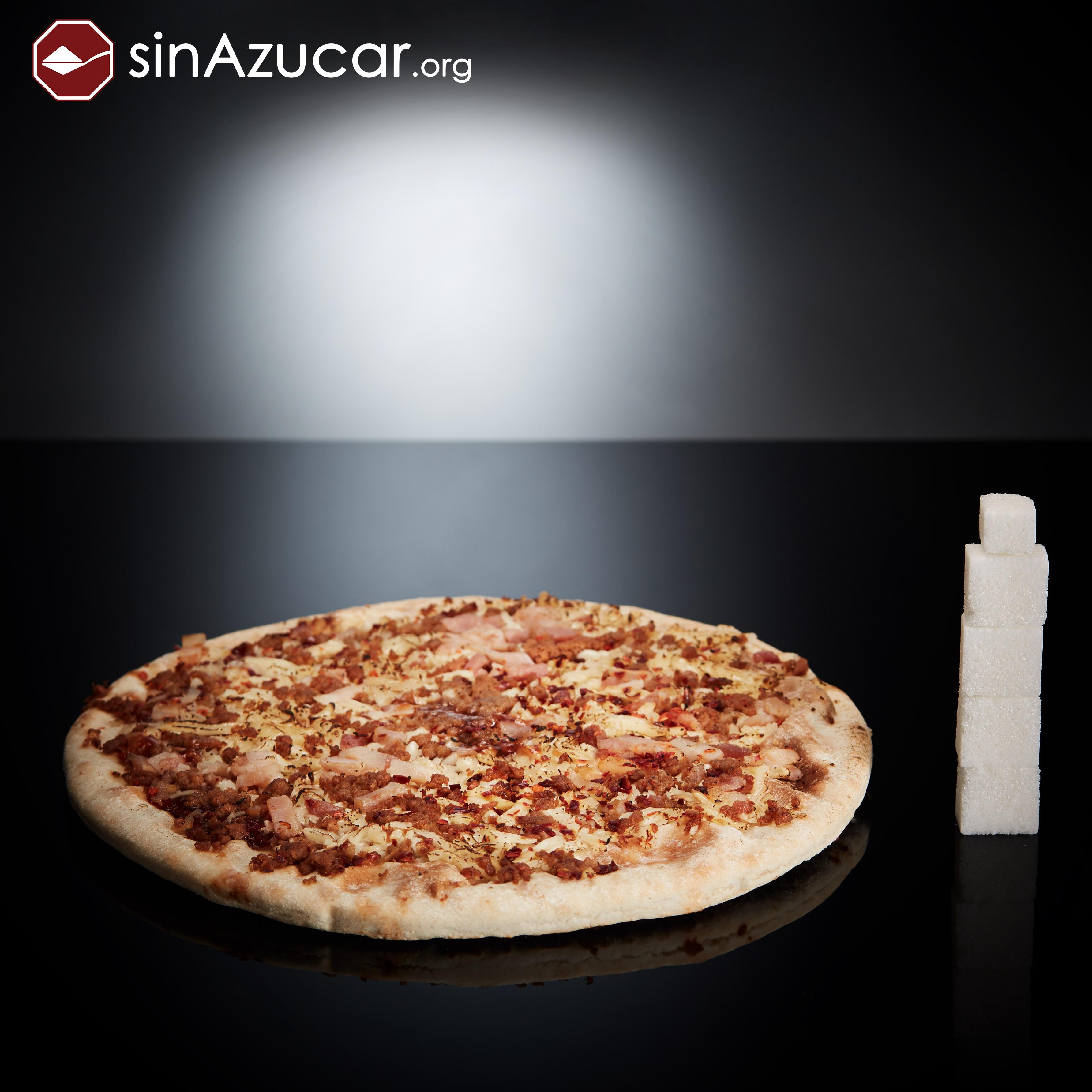 Una pizza barbacoa individual tiene 17g de azúcar, equivalente a 4,2 terrones. Pizza analizada: Marca Palacios. Barbacoa para el microondas (Individual, 225g.