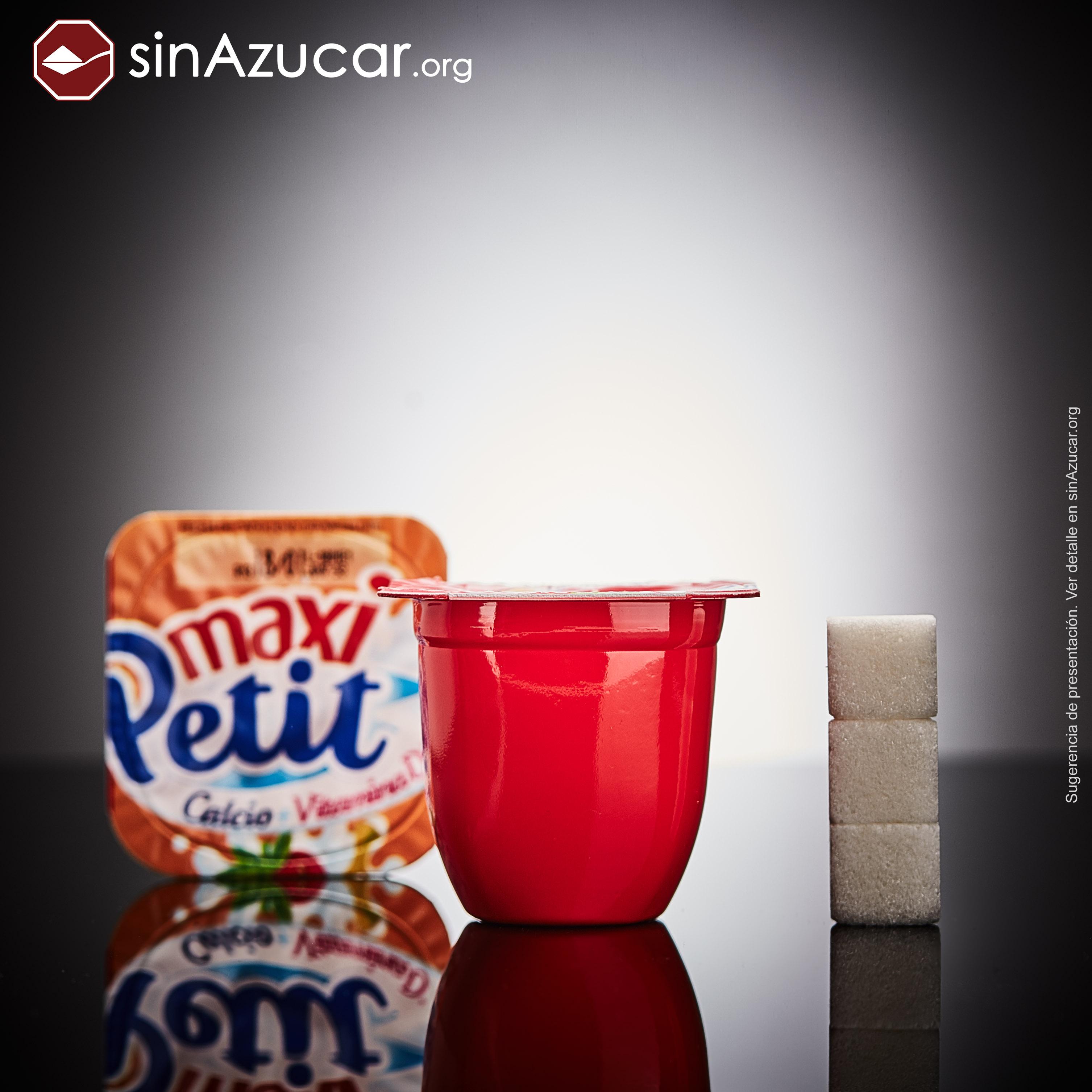 Un Maxi Petit de marca Hacendado contiene 12g de azúcar, equivalente a 3 terrones.